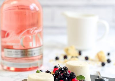 Pink gin and blackcurrant panna cotta